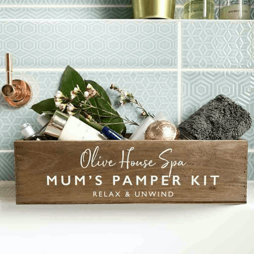 an image of a personalised new mum pamper box