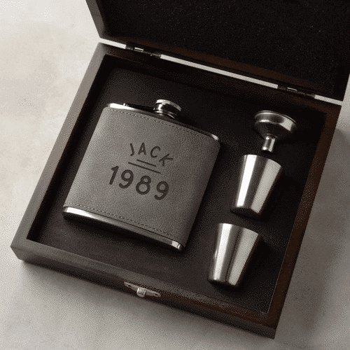an image of a personalised vegan leather hip flask gift set - one of our suggestions of personalised 30th birthday gifts for him