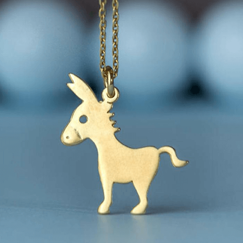 an image of a donkey necklace