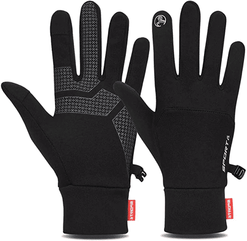 an image of unisex thermal gloves- one of our ideas of useful gifts for dog walkers