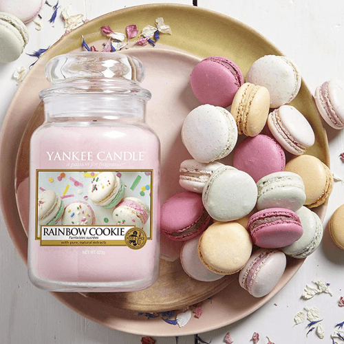 an image of a cookie scented yankee candle gift suggestion